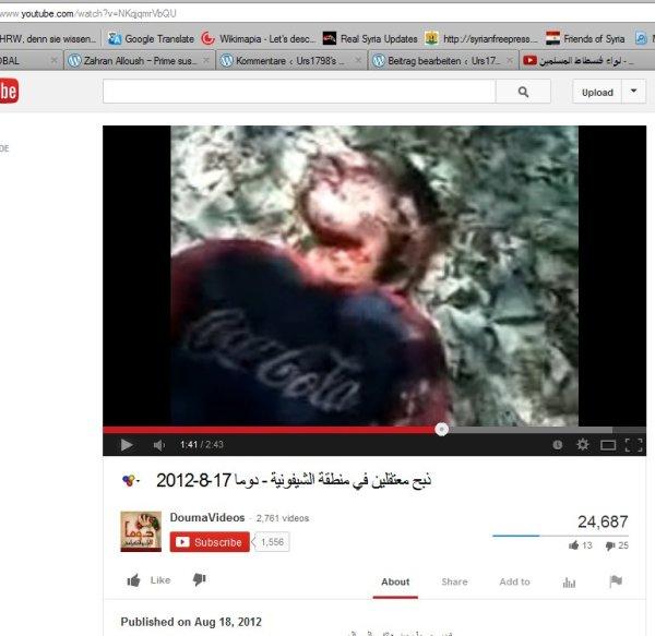 Ein Mann mit Coca-cola Aufdruck, eine Geisel aus dem Gefangenenvideo nun mit durchschnittener Kehle