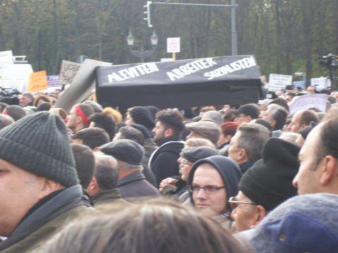 Aleviten Arbeiter Sozialisten... werden zu Grabe getragen