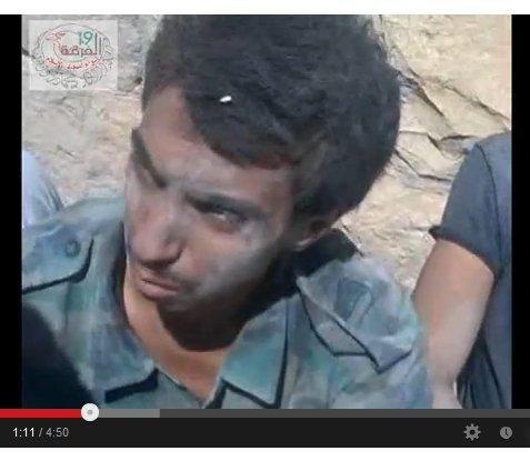 Bestimmt hatte auch er Familie. Er hat gekämpft für Syrien. Ermordet weil es USrael so gefällt.