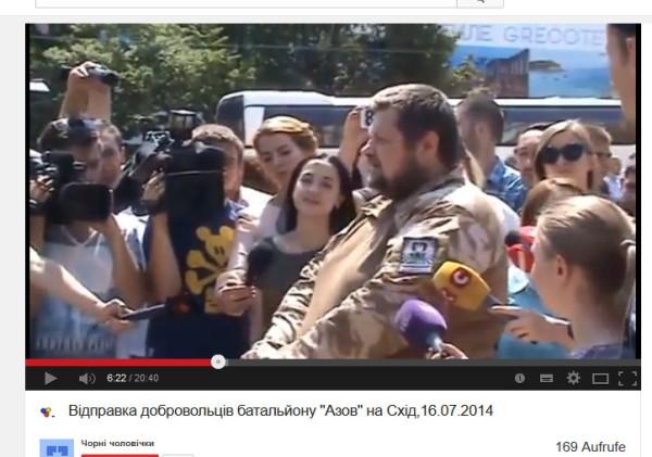 Igor und ladna von den SNA-Wotan-Jugend Neonazis, bekannt seit Monaten vom Kiewer Euromaidan.